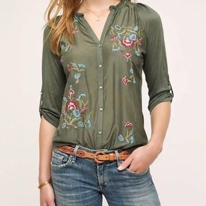 Tiny Anthropologie Lazuli Embroidered Floral Top M